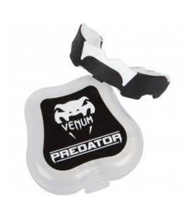 """Ochraniacz zębów szczęka Venum """"Predator"""" czarno-biała"""