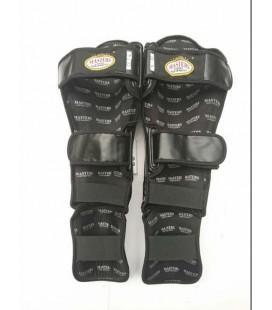 Ochraniacze nóg - nagolenniki  MASTERS NS-100