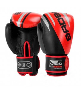 Rękawice bokserskie Bad Boy Pro Series model Thai Boxing skóra