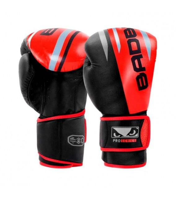 Rękawice do boksu Bad Boy Pro Series model Boxing